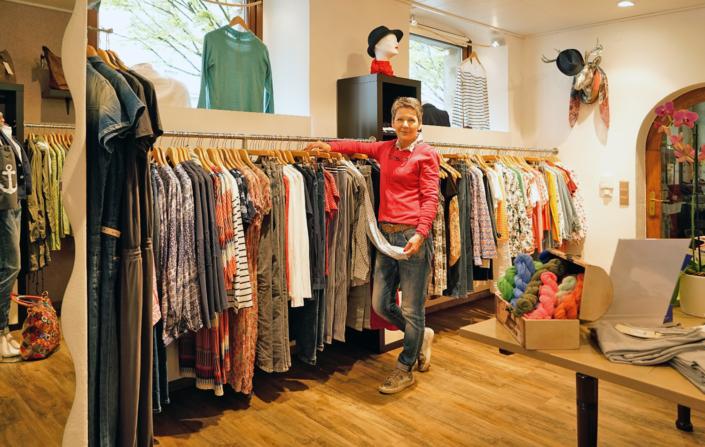 Für die neuesten Trends besuchen Sie Dreams Damenmode in Kulmbach